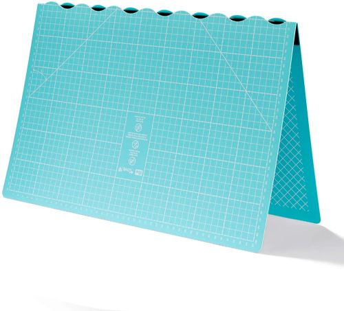 Prym Love Foldable Cutting Mat 45 x 60 cm, Synthetic Material
